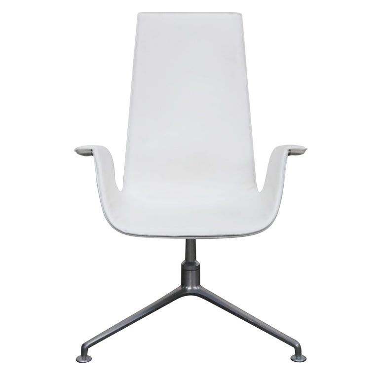 White Leather 'Bird' Swivel Chair by Preben Fabricius & Jørgen Kastholm, Signed For Sale