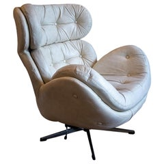 White Leather Lounge Chair by Torring Mobelfabrikk, Norway, 1970