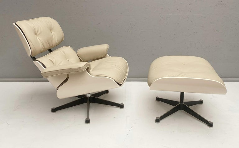 White Lounge Chair and Ottoman in Style of Charles and Ray Eames For Sale 4