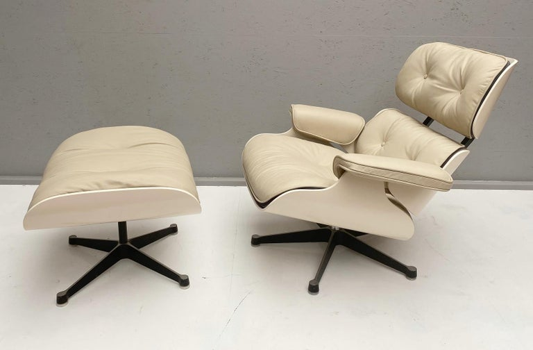 White Lounge Chair and Ottoman in Style of Charles and Ray Eames For Sale 1