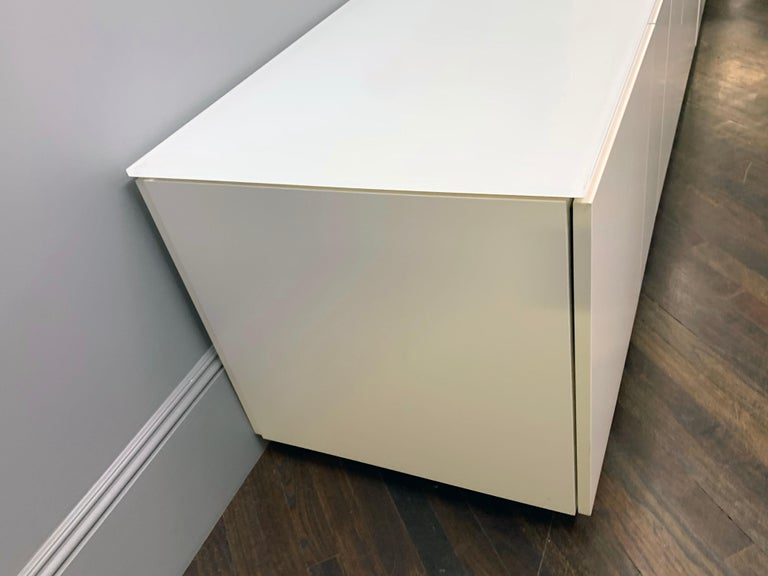 (3) drawers and (2) double doors (2) trash recycling