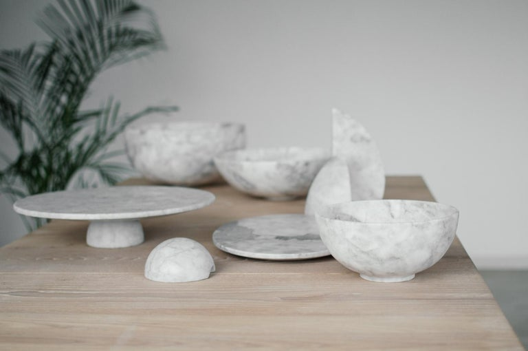 Modern White marble carved small Bowl For Sale