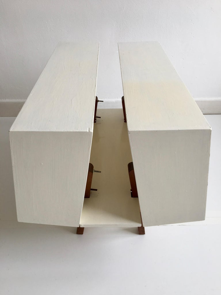 White Midcentury 'Isokon' Bookcase / Coffee Table by Ernest Race, England, 1962 For Sale 1