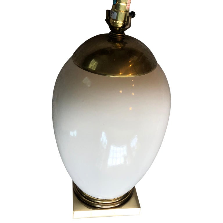 American White Mid-Century Modern Ellipse Shaped Brass and Enamel Table Lamp For Sale