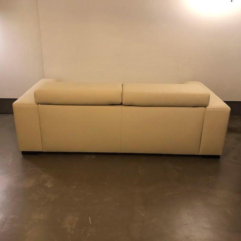 White Mid-Century Modern Set of Sofas For Sale 1