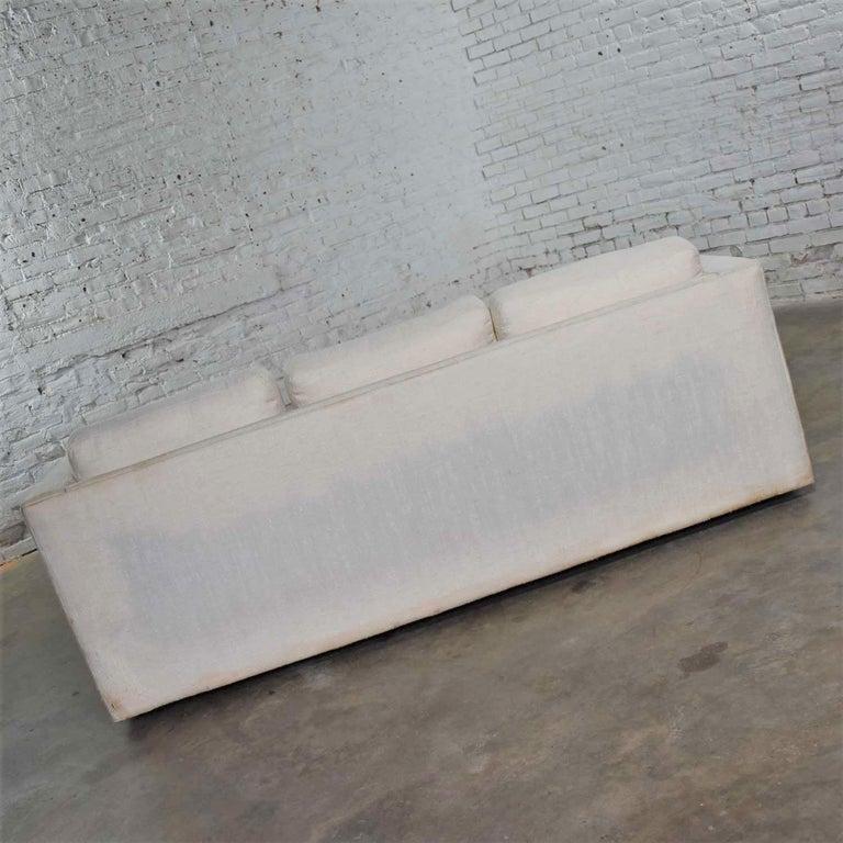 White Modern Tuxedo Style Sofa by Milo Baughman for Thayer Coggin For Sale 5