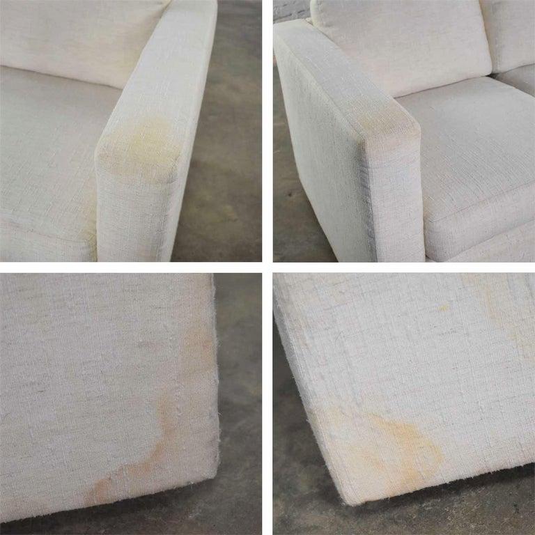 White Modern Tuxedo Style Sofa by Milo Baughman for Thayer Coggin For Sale 3
