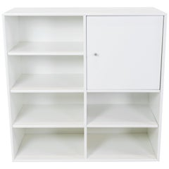 White Montana Module with Cabinet and 6 Shelves, Designed by Peter J. Lassen