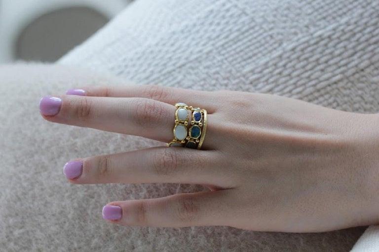 White Opal 22 Karat-21 Karat Gold Bezel Band Fashion Ring One-Of-A-Kind  For Sale 4