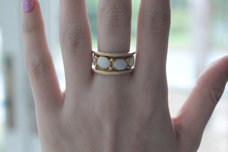 White Opal 22 Karat-21 Karat Gold Bezel Band Fashion Ring One-Of-A-Kind  For Sale 5