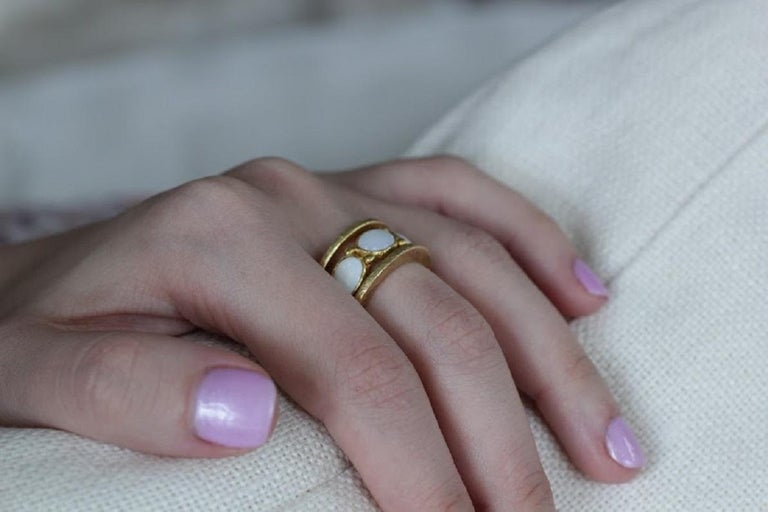 White Opal 22 Karat-21 Karat Gold Bezel Band Fashion Ring One-Of-A-Kind  For Sale 7