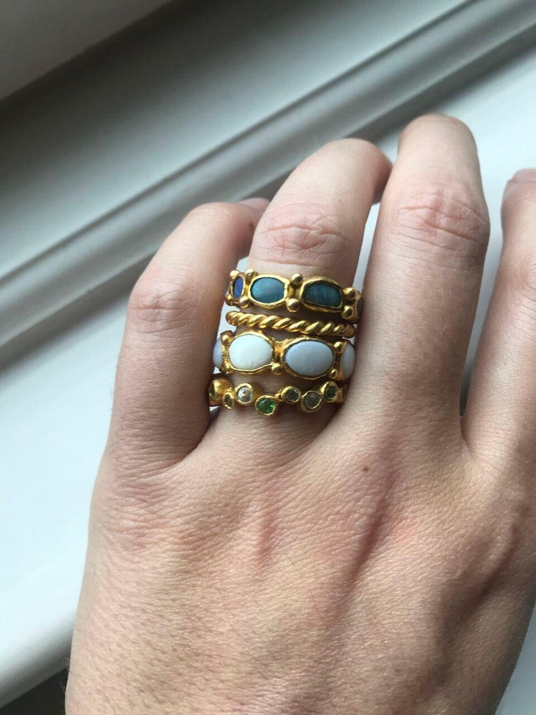 White Opal 22 Karat-21 Karat Gold Bezel Band Fashion Ring One-Of-A-Kind  For Sale 10