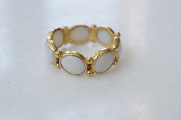 Contemporary White Opal 22 Karat-21 Karat Gold Bezel Band Fashion Ring One-Of-A-Kind  For Sale