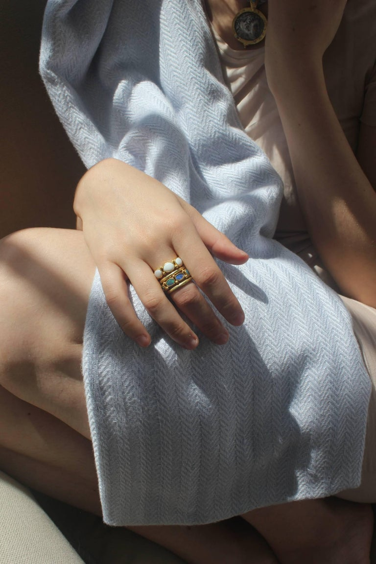 White Opal 22 Karat-21 Karat Gold Bezel Band Fashion Ring One-Of-A-Kind  For Sale 2
