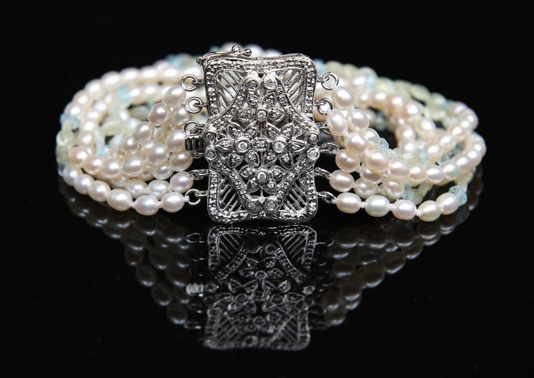 Contemporary White Orchid Studio Beaded Bracelet Pearl Topaz Chrysoberyl Diamonds White Gold  For Sale