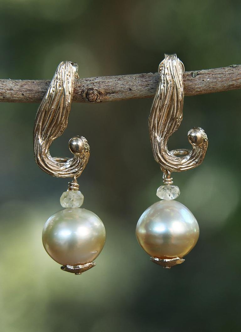White Orchid Studio Earrings South Sea Pearls Sapphire Yellow Gold   For Sale 1