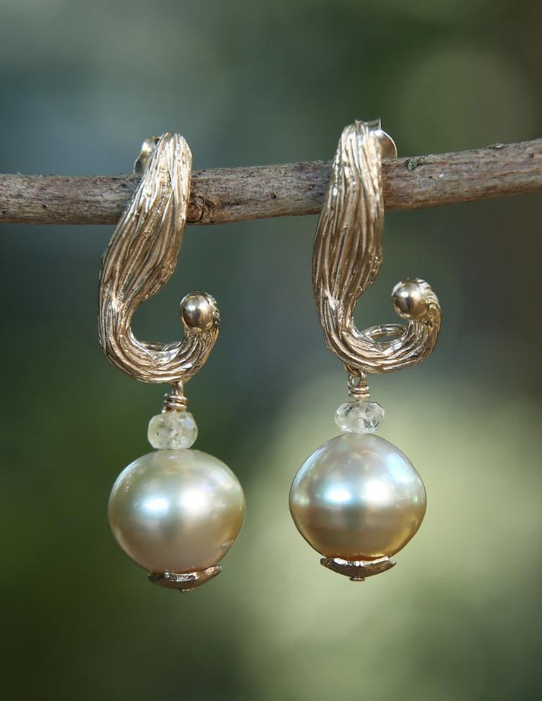 White Orchid Studio Earrings South Sea Pearls Sapphire Yellow Gold   For Sale 2