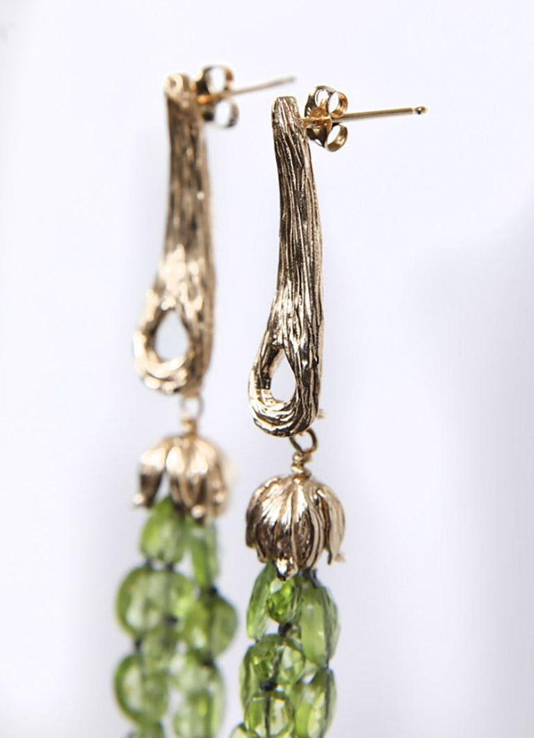 White Orchid Studio Drop Earrings of Yellow Gold and Peridot For Sale 1