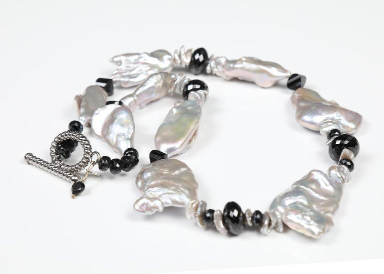 Contemporary White Orchid Studio Pearl Necklace of Black Spinel and White Gold For Sale