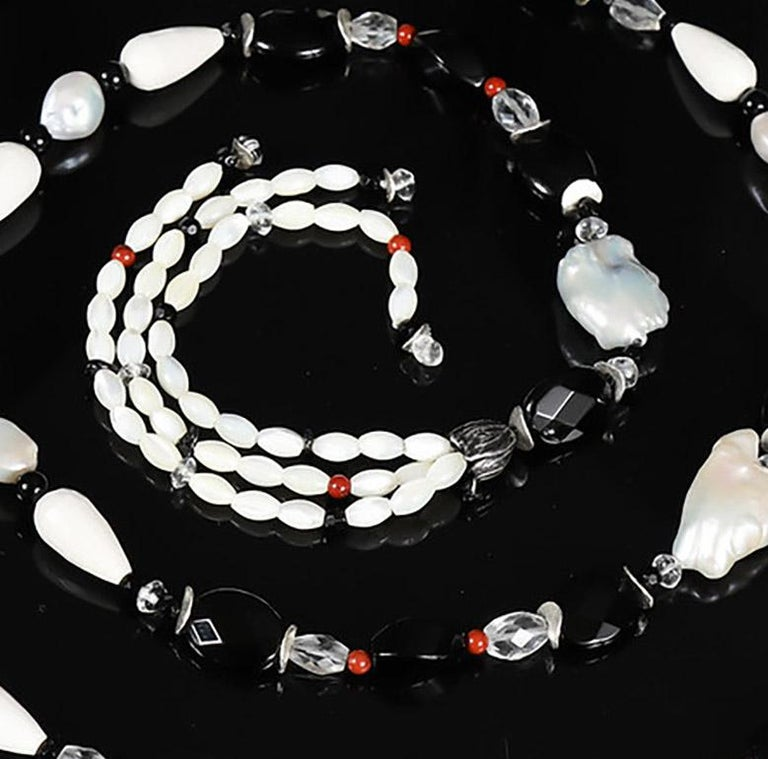 France Beckons: Sautoir Necklace with Tassels-Pearls Onyx Quartz Agate Silver In New Condition For Sale In Athens, GA