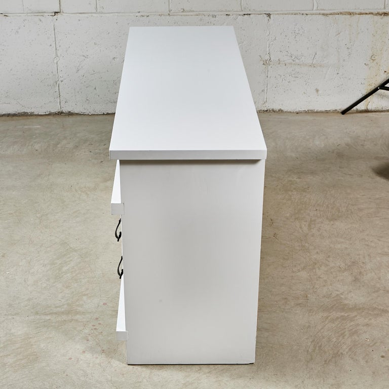 White Painted Dresser, 1960s For Sale 1