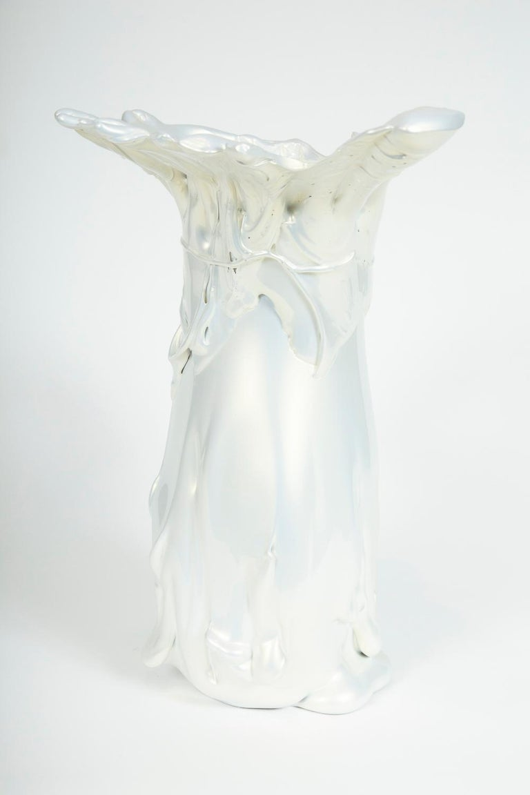 White Pearl Pitcher II Glass Sculpture by Fredrik Nielsen For Sale 5