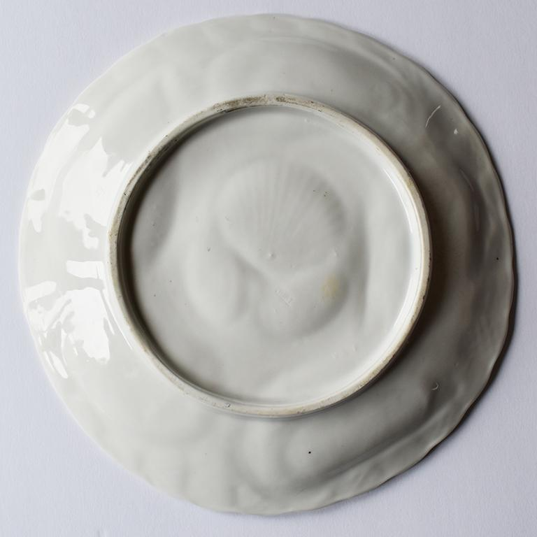 Late 19th Century White Porcelain Oyster Serving Plate in Brown and Gold, 1800s, Germany For Sale