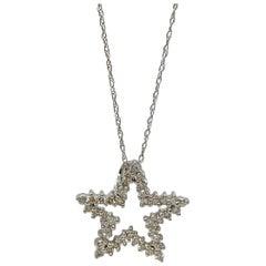 White Round Brilliant Diamond Star Pendant