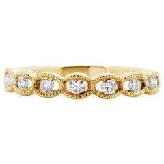 White Round Diamond 18 Karat Gold 7-Stone Fashion Bridal Filigree Band Ring