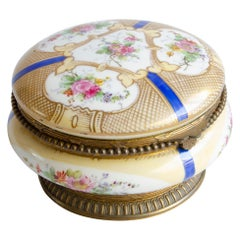 White Round Sèvres Box