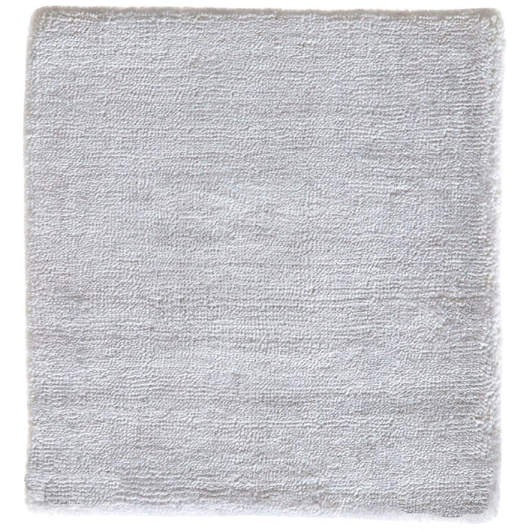 Modern Sold White Neutral Hand Loom Rug For Sale