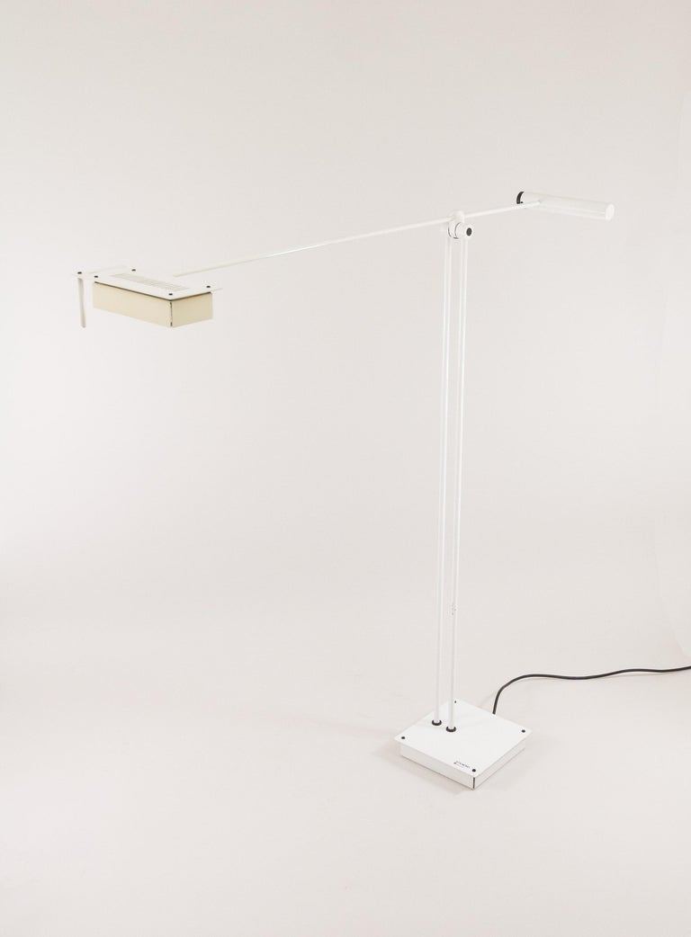 Italian White Samurai Floor Lamp by Sigheaki Asahara for Stilnovo, 1970s For Sale
