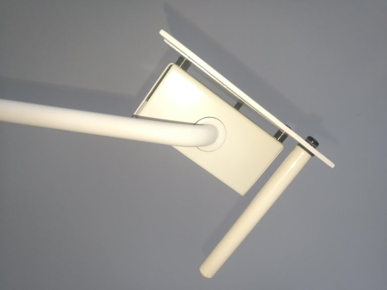 White Samurai Floor Lamp by Sigheaki Asahara Voor Stilnovo, 1980s For Sale 1