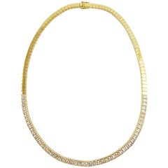 White Sapphire Necklace Set in 18 Karat Gold Settings