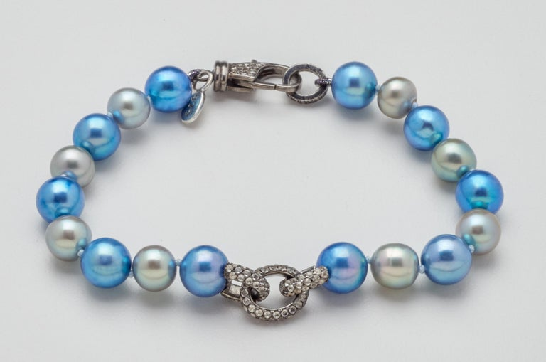 White Sapphire & Oxidized Silver Link Blue Gray Akoya Pearl Bracelet  In New Condition For Sale In Mount Kisco, NY