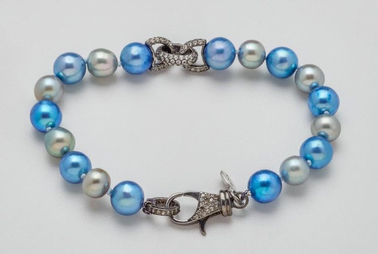 White Sapphire & Oxidized Silver Link Blue Gray Akoya Pearl Bracelet  For Sale 1