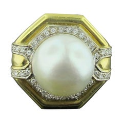 White South Sea Pearl and Diamond Ring Set in 18 Karat Yellow Gold
