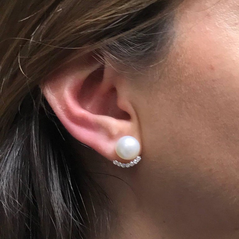 White South Sea Pearl Diamonds G/VS Carat 0.43 18 Karat White Gold Earrings For Sale 3