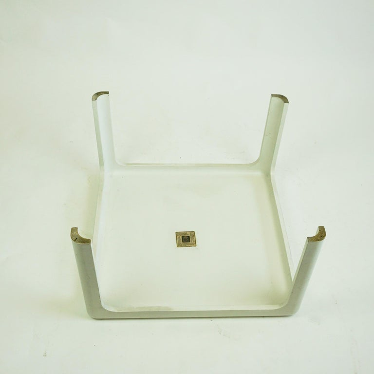 White Space Age Plastic Coffee Table by Peter Ghyczy for Horn Collection Germany For Sale 1