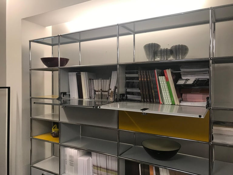White USM Haller Shelf with Chrome Frame For Sale 9
