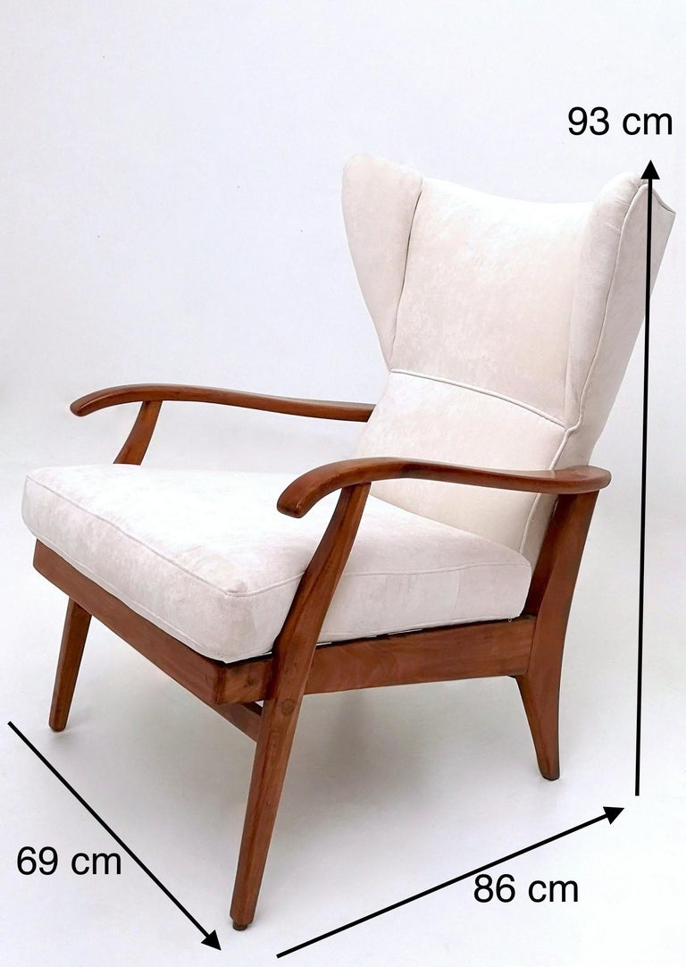White Velvet Reclining Lounge Chair with a Cherry Frame, Italy, 1950s For Sale 5