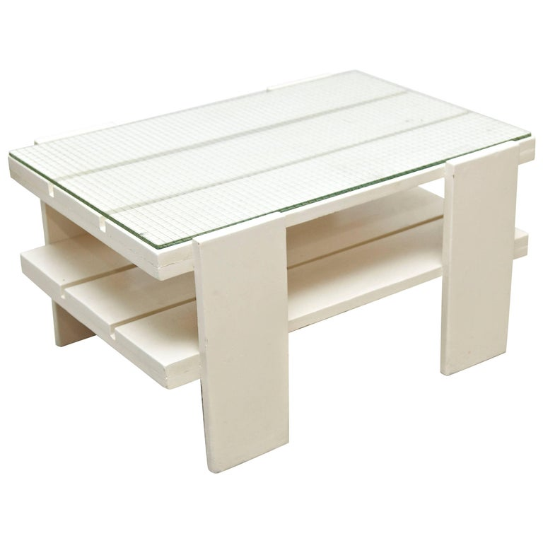 Mid-20th Century White Wood Mid-Century Modern Table in the Style of Gerrit Rietveld, circa 1950 For Sale