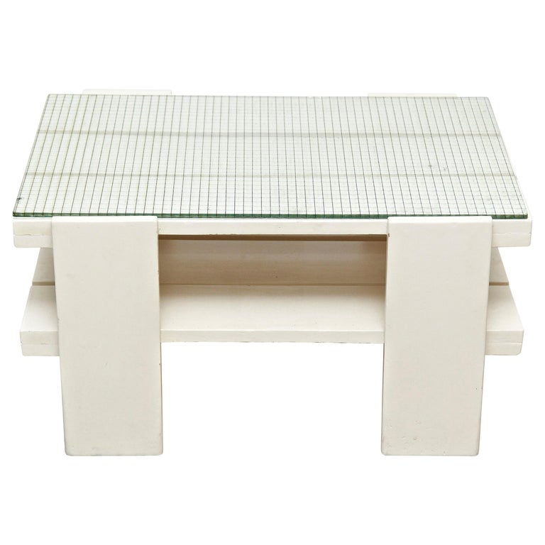 White Wood Mid-Century Modern Table in the Style of Gerrit Rietveld, circa 1950 For Sale
