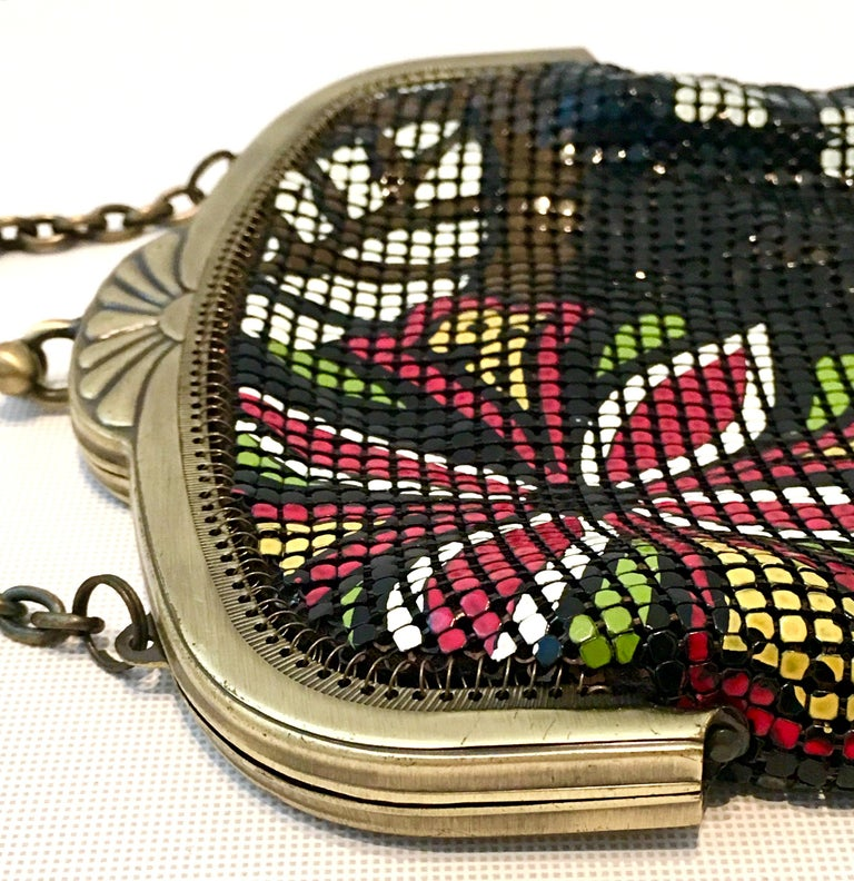 Whiting & Davis 20th Century Metal Mesh Enamel Floral Flapper Evening Bag In New Condition For Sale In West Palm Beach, FL