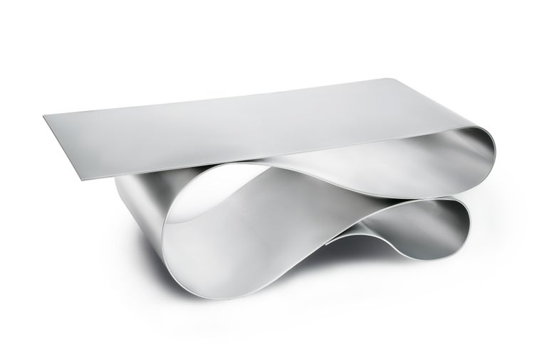 The iconic lyrical form of the award winning Whorl coffee table series this time executed in powder coated aluminum. 1/4