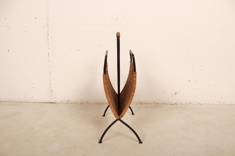 Mid-Century Modern Wicker and Black Metal Magazine Holder by Raoul Guys, France, 1950 For Sale