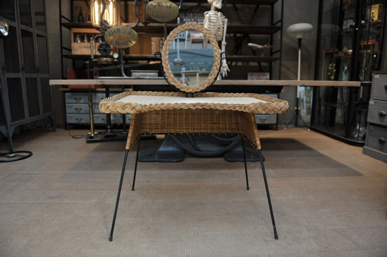 Wicker and Iron Dressing Table with Swiveling Mirror and His Chair, circa 1960s For Sale 5