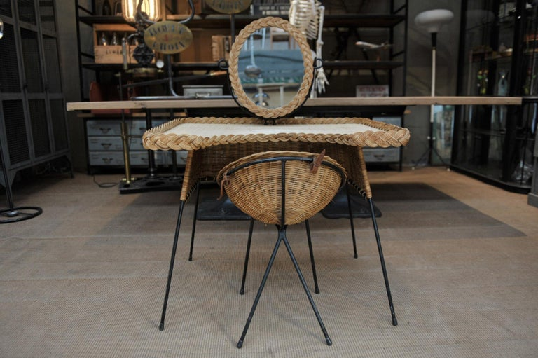 Mid-Century Modern Wicker and Iron Dressing Table with Swiveling Mirror and His Chair, circa 1960s For Sale