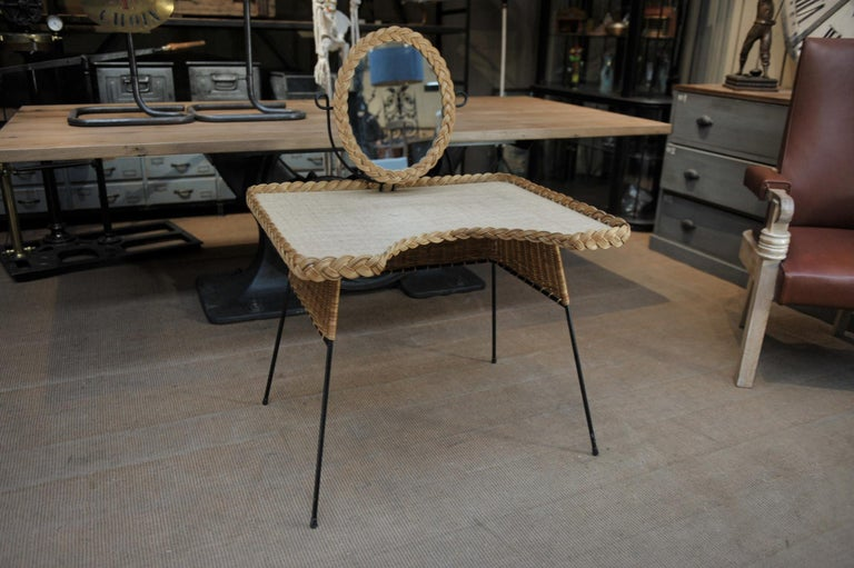 Wicker and Iron Dressing Table with Swiveling Mirror and His Chair, circa 1960s For Sale 1