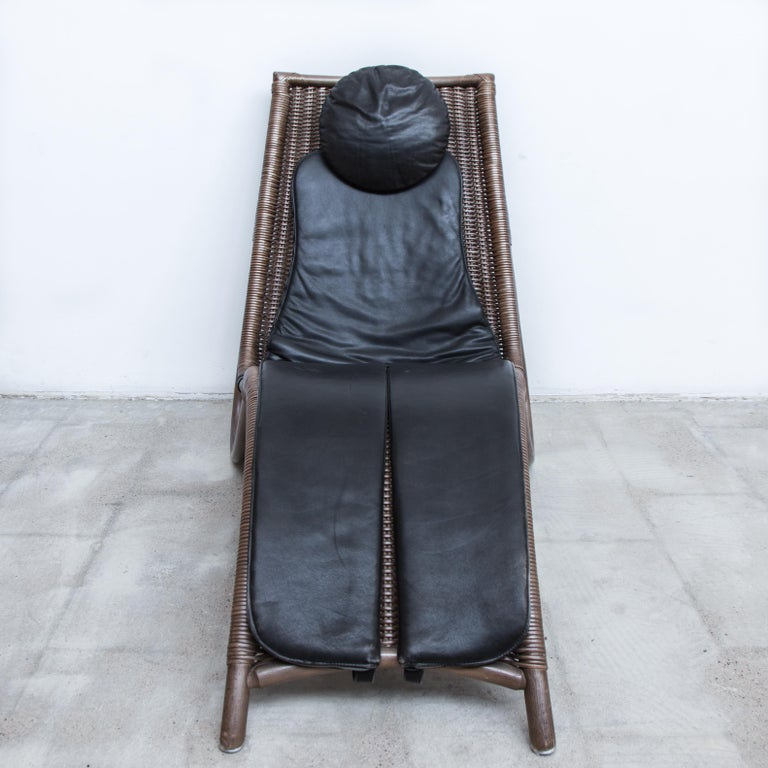 Arts and Crafts Wicker and Leather Chaise Longue, 1980s For Sale
